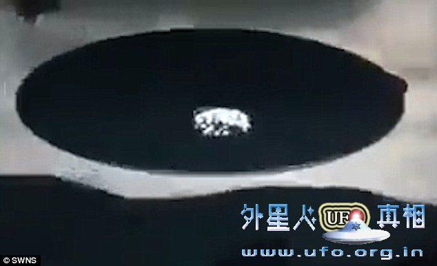 2016年9月2日马来西亚出现巨大UFO是真的吗?的图片