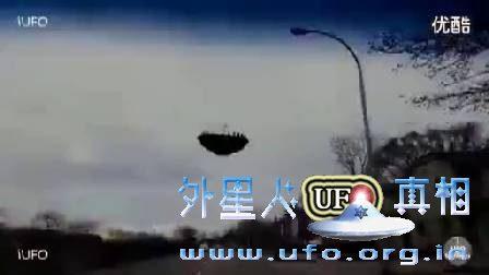 男子开车跟踪拍摄不明飞行物UFO!的图片