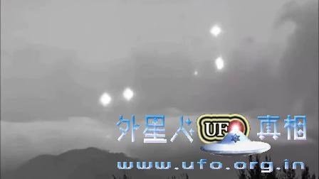 UFO舰队在空中跳舞 舞姿曼妙的图片