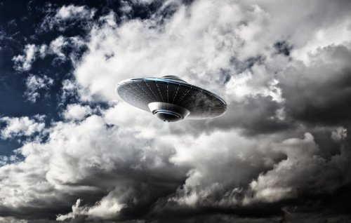 美国加州雷达站发现UFO,速度非常快,高达37000英里的图片