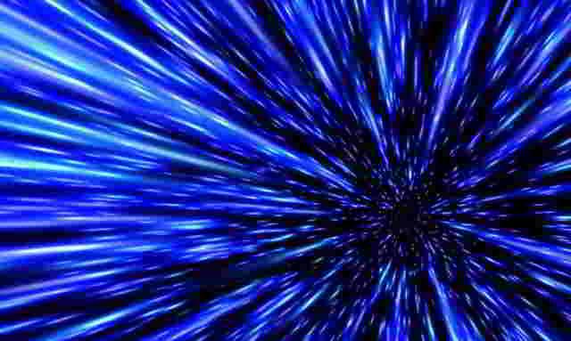 光速与吉萨金字塔的坐标相同:真空中的光速为299792458m / s。