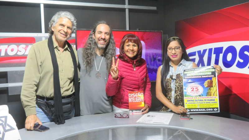 """在秘鲁安卡什瓦拉斯市的Exitosa电视频道上,通过"""" Exitosa Noticias""""新闻对秘鲁Raelian Movement进行的丰富多彩的采访。 第7张"""
