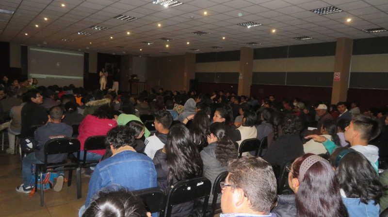 超过200人参加秘鲁雷尔运动现实聚会的演讲活动 第15张