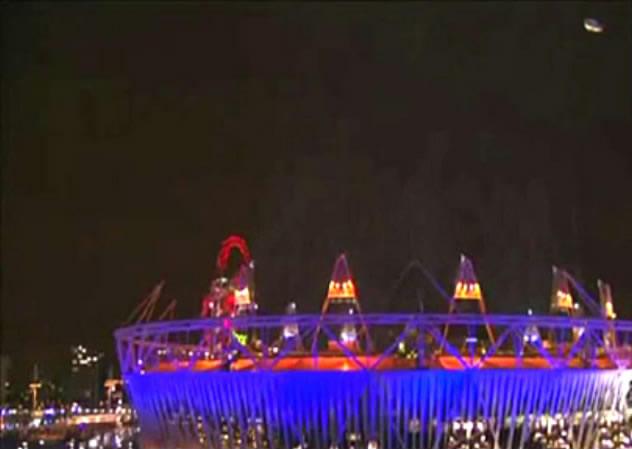 2012伦敦奥运会开幕出现不明飞行物